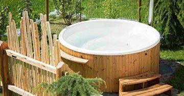 Whirlpool im Garten