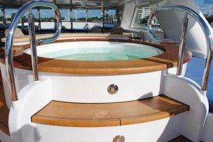 Mit der richtigen Whirlpoolheizung die individuelle Badetemperatur einstellen.